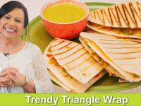 Aaj Kal Kay Fashion Wala Grilled Triangle Wrap ya Sandwich Recipe in Urdu Hindi - RKK