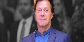 Pakistan PM Imran Khan secured 178 votes, comfortably wins the confidence vote 3