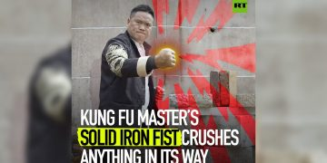 'Iron Fist' skill | Kung Fu master's bare hands crush anything in its way