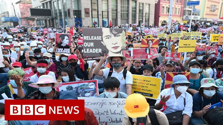 Roads blocked in Yangon as thousands protest Myanmar coup - BBC News