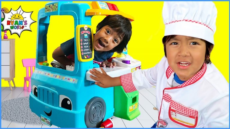 Ryan's Food Truck Play kitchen serving Pretend Play FOOD with 1hr kids video!!! 1