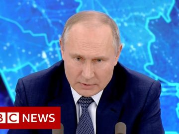 Does Putin admit any responsibility for 'new Cold War'? - BBC News