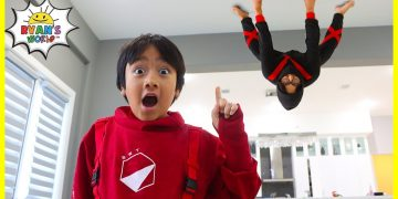 Ninja in the house!!! How to become a real Ninja with Ryan!!! 14