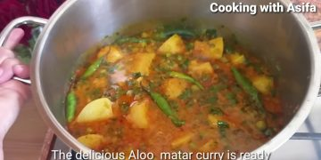 Aloo Matar Masala | homemade restaurant-style Potato n peas recipe | curry's recipe-