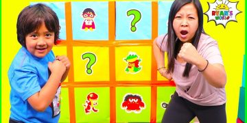 Smash Box Surprise Minute to Win it games with Ryan's World!!! 15