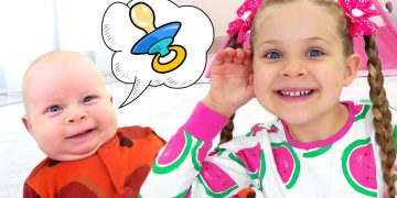 Diana Pretend Play with Baby Oliver | Funny stories for kids 10