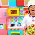Ryan Pretend Play Cooking with Kitchen Playset and Cash Register 1