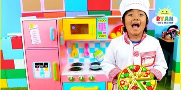 Ryan Pretend Play Cooking with Kitchen Playset and Cash Register 4