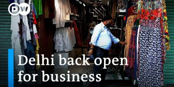 Delhi reopens as COVID-19 restrictions are eased in India | DW News