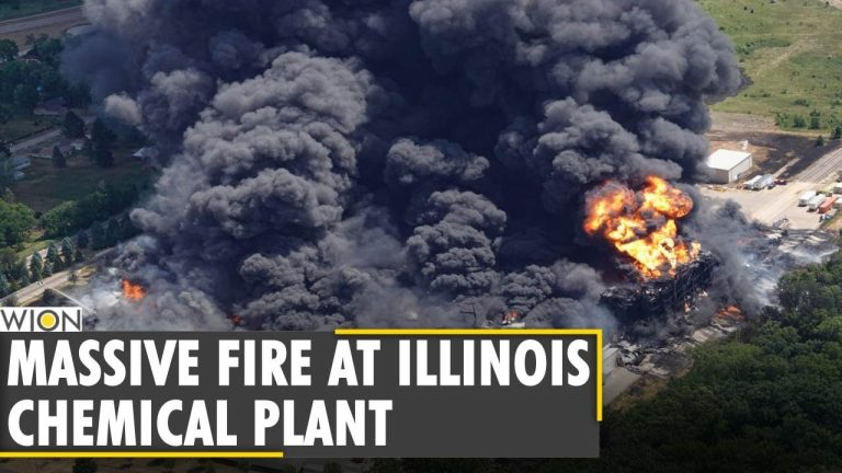 Massive fire at Illinois chemical plant could burn for days | Chemical factory fire sparks concerns
