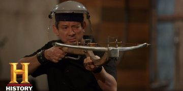 Forged in Fire: ROCK-THROWING CROSSBOW KILL TEST (Season 7) | Exclusive | History 12