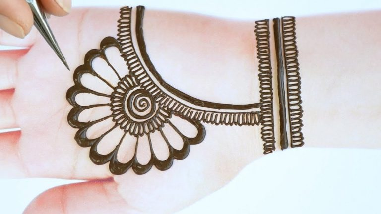 Latest beautiful,stylish and easy mehendi designs for front hands/Simple Henna designs 2020 1