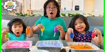 Easy Science experiment for Kids with DIY Frozen Baking Soda and Vinegar!!! 8