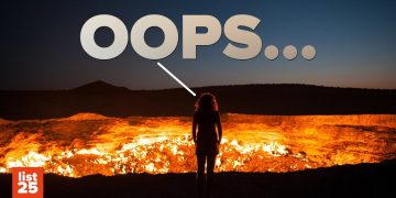 25 BIGGEST SCREW UPS That Completely Changed History