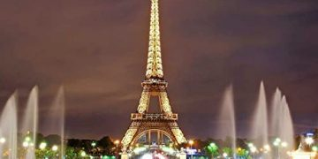 Eiffel Tower to reopen after record nine-month closure 19