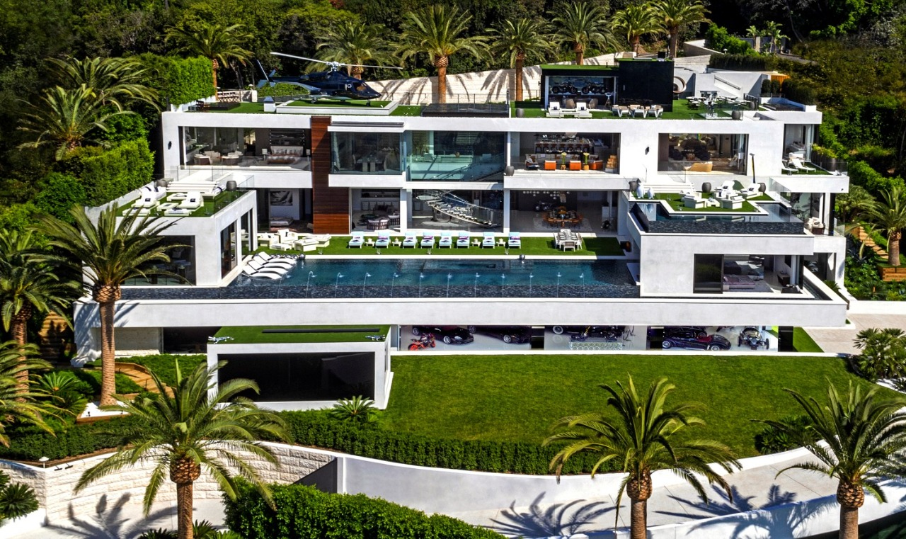America's Most Expensive Megamansion Gets $100 Million Price Cut 5