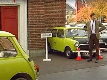 Mr Bean's FOOLPROOF Car Parking System | Mr Bean Funny Clips | Classic Mr Bean