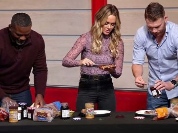 UFC 266 Weigh-in Show's PB&J Sandwich Competition